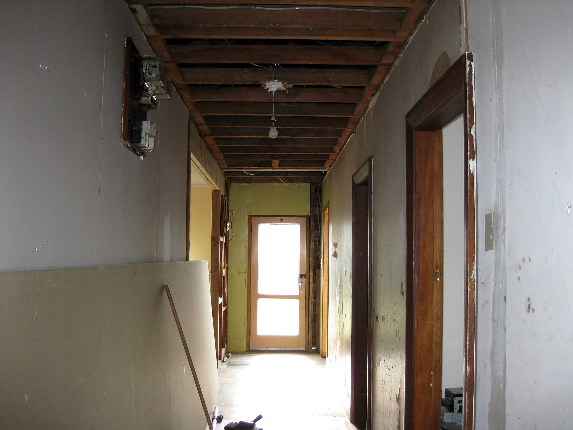 Sutherland-St-renovation-before-02